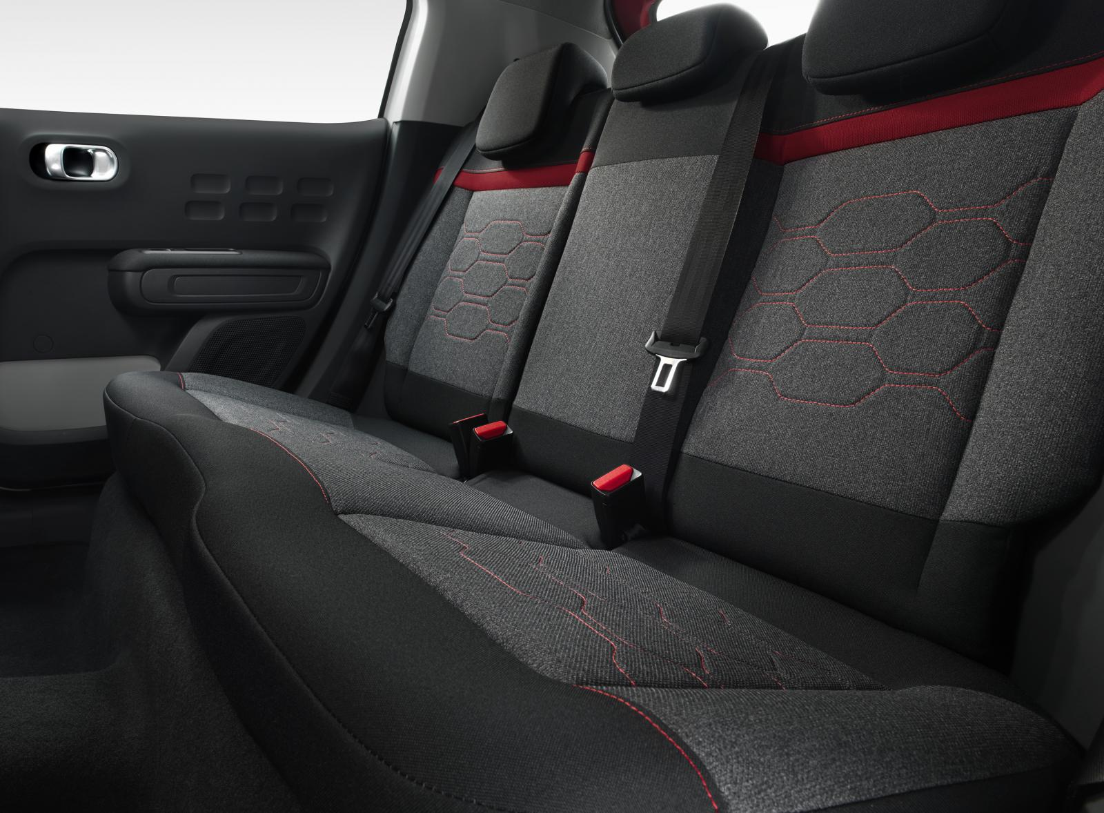 New C3 - back seat