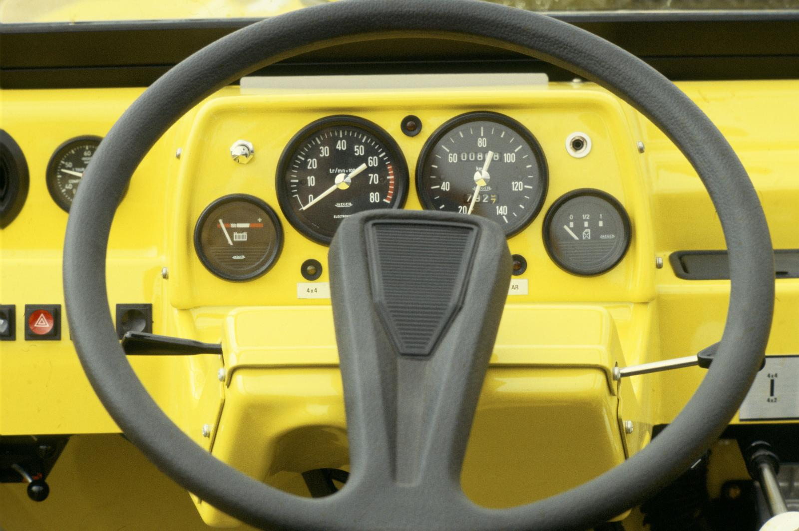 Méhari - steering wheel