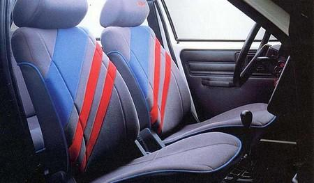 ax_k-way_5_portes_1990_interieur.jpg