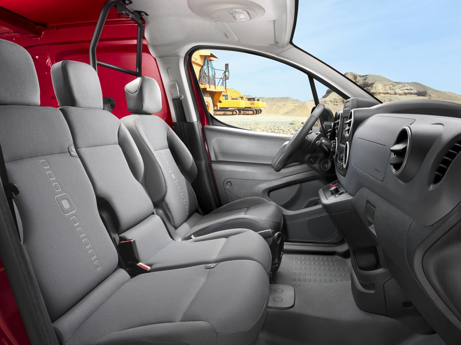 Inside Berlingo van 2016