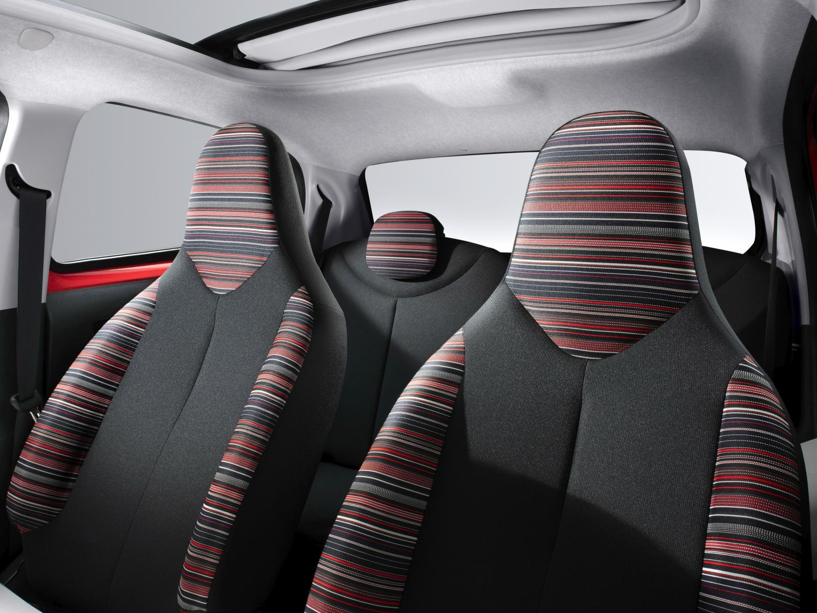 C1 Airscape Feel Edition 2014 front seats