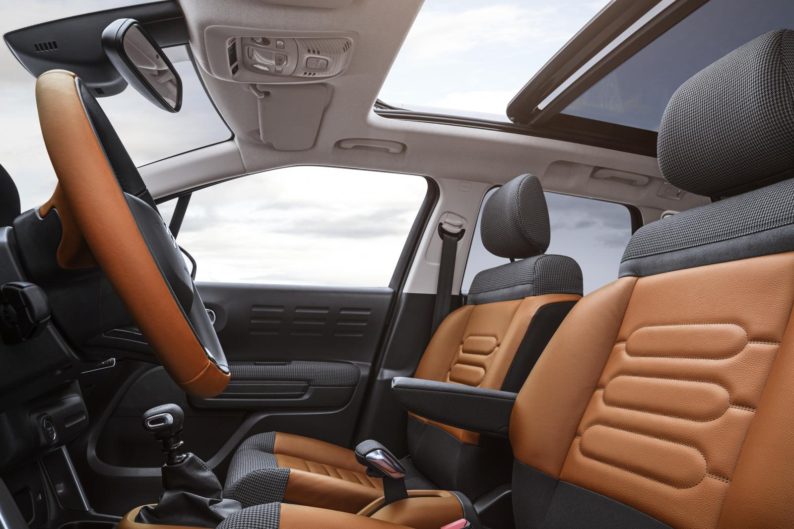 C3 Aircross Compact SUV - Front seats