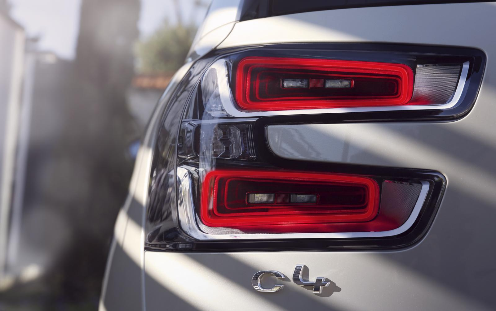 Grand C4 Picasso Shine 2016 rear lights