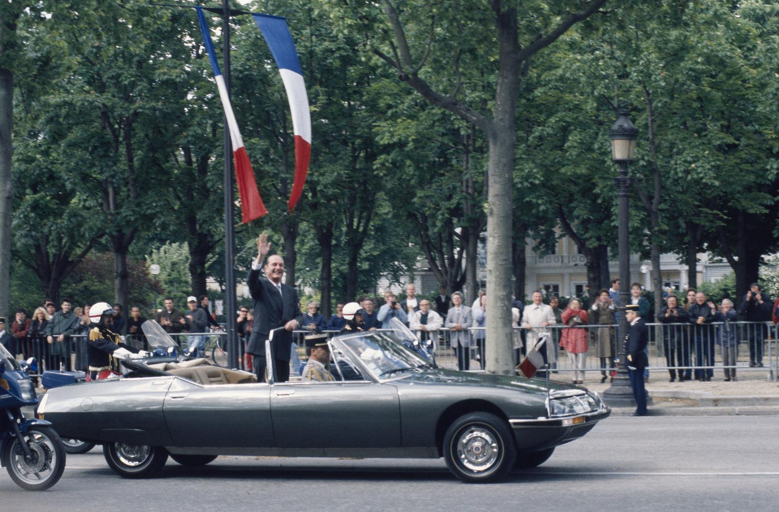 Jacques Chirac aboard the presidential SM - 1995