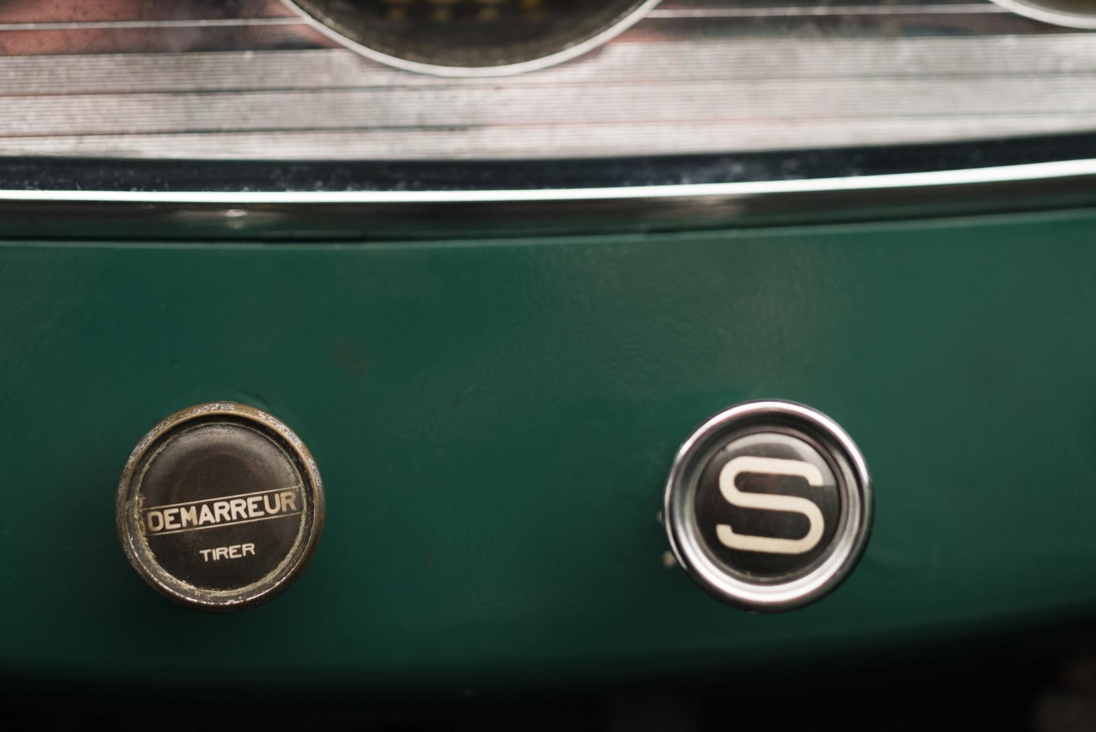 C4G Roadster - Central Buttons