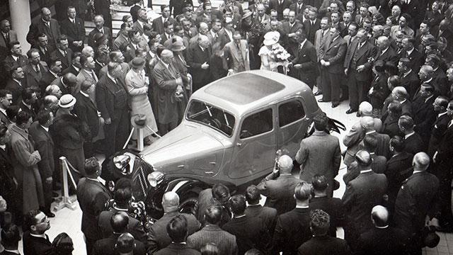 Traction 7A motor show 1934