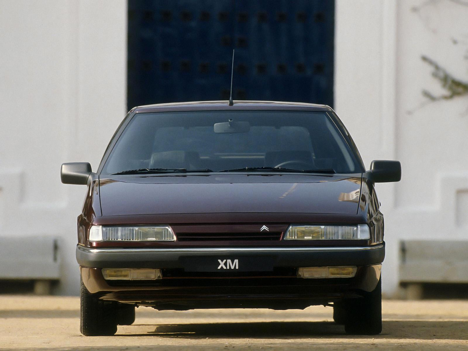 XM 1989 front view